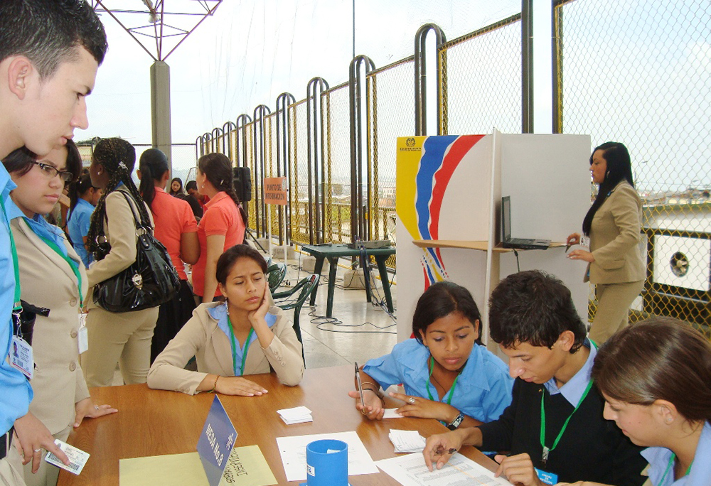 instancias de participación jóvenes en Colombia